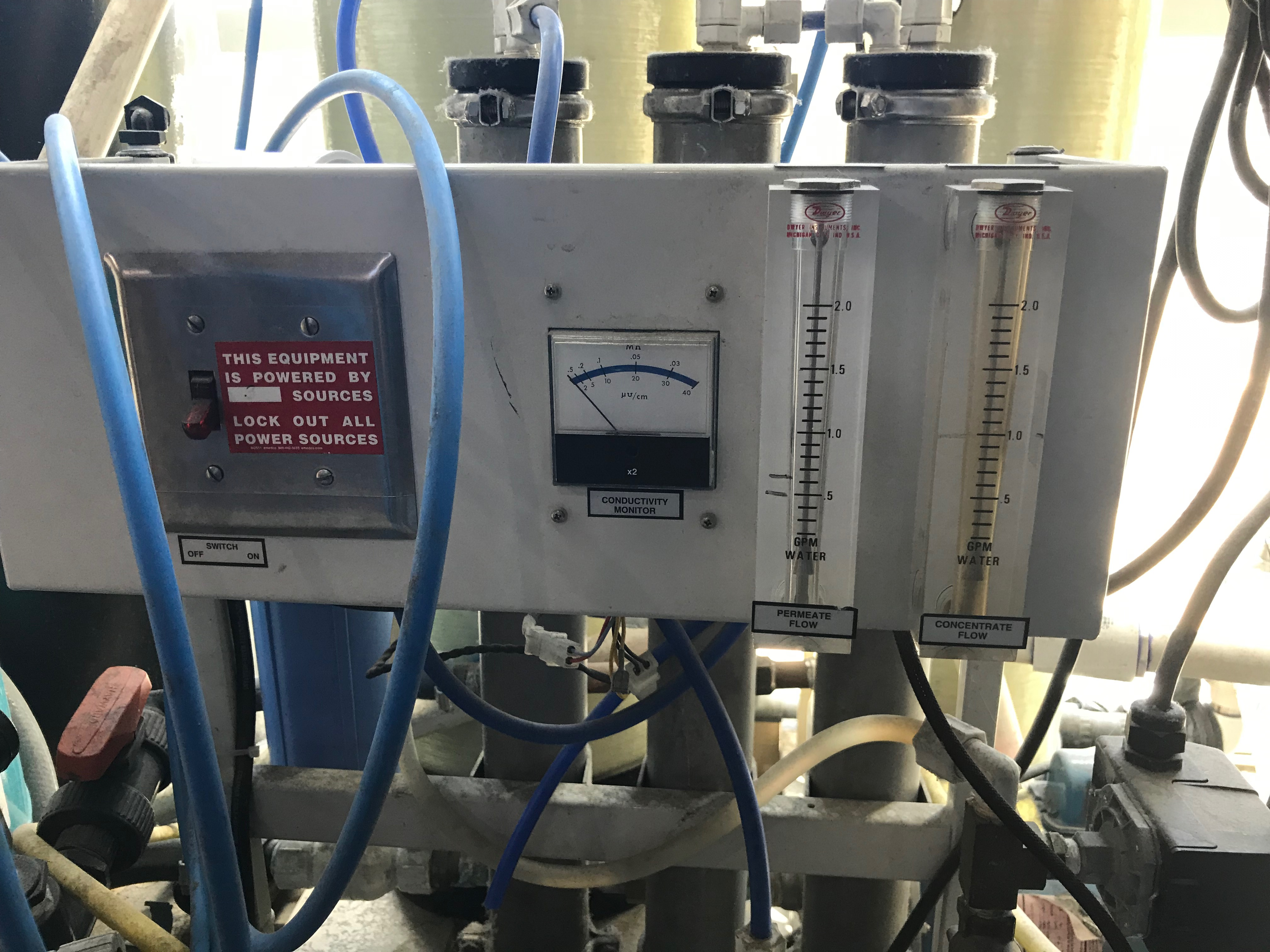 Lot 171 - Pure Water Solutions Water Filtration System, Tank 3 ft diameter x 81 in tall, Lic# 2500294