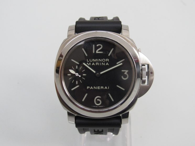 Lot 9230 - PANERAI: a Luminor 44 Marina gent's stainless steel manual wind wristwatch, ref.