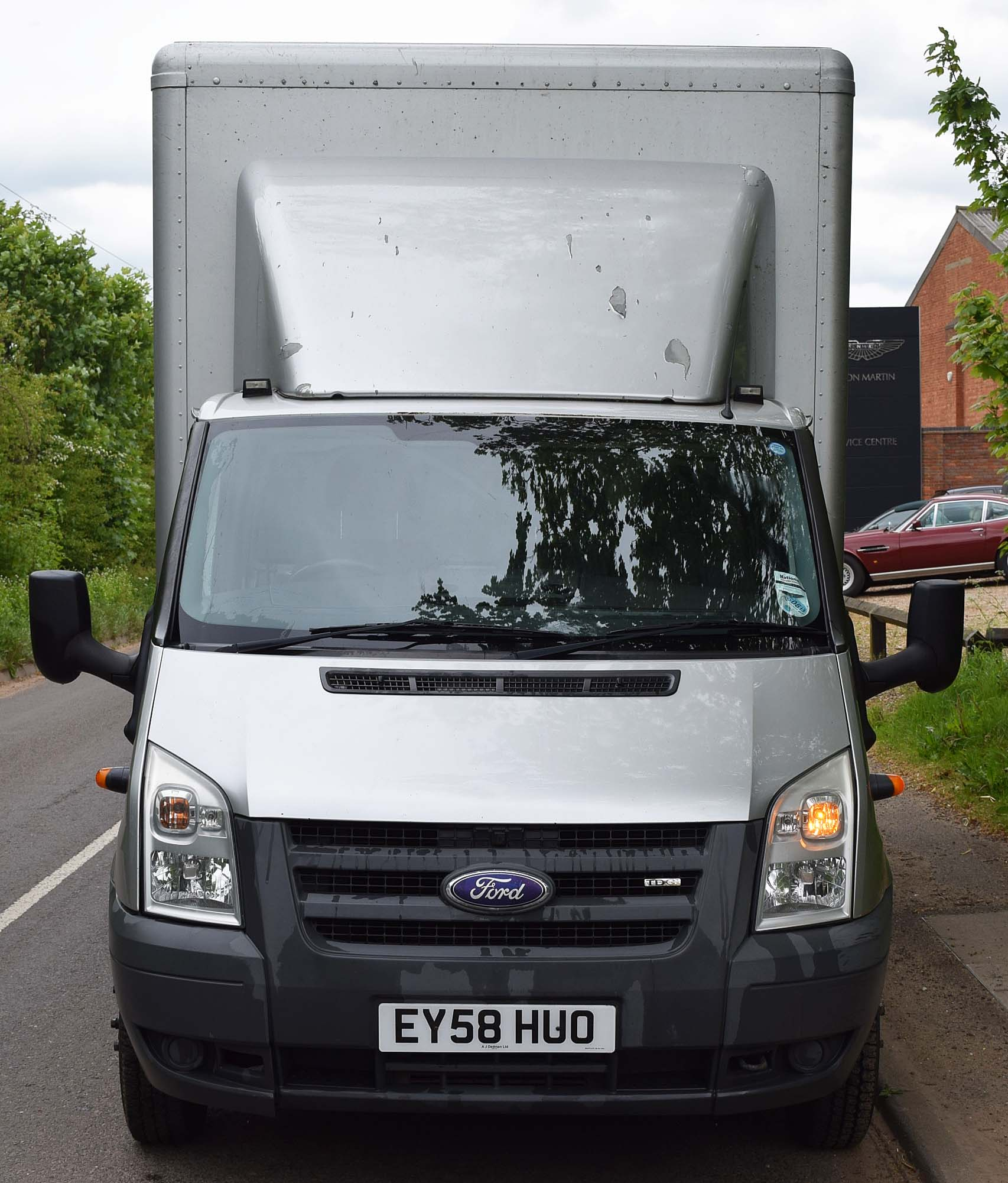 Lot 37 - 2008 FORD Transit 115 T350L 2.4L Diesel Box Van. 6-Speed Manual, Air Deflector, RATCLIFFE PALFINGER