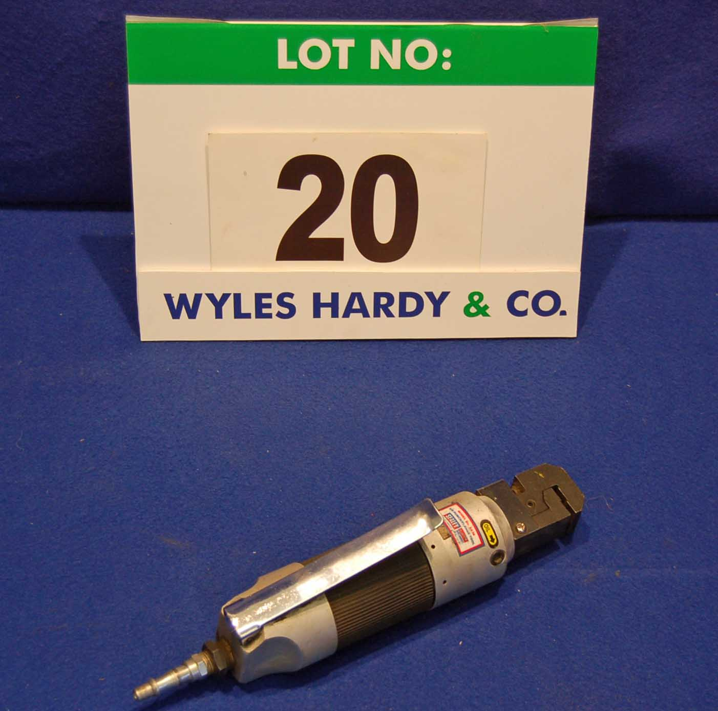Lot 20 - A SEALEY Air Punch and Flange Forming Tool