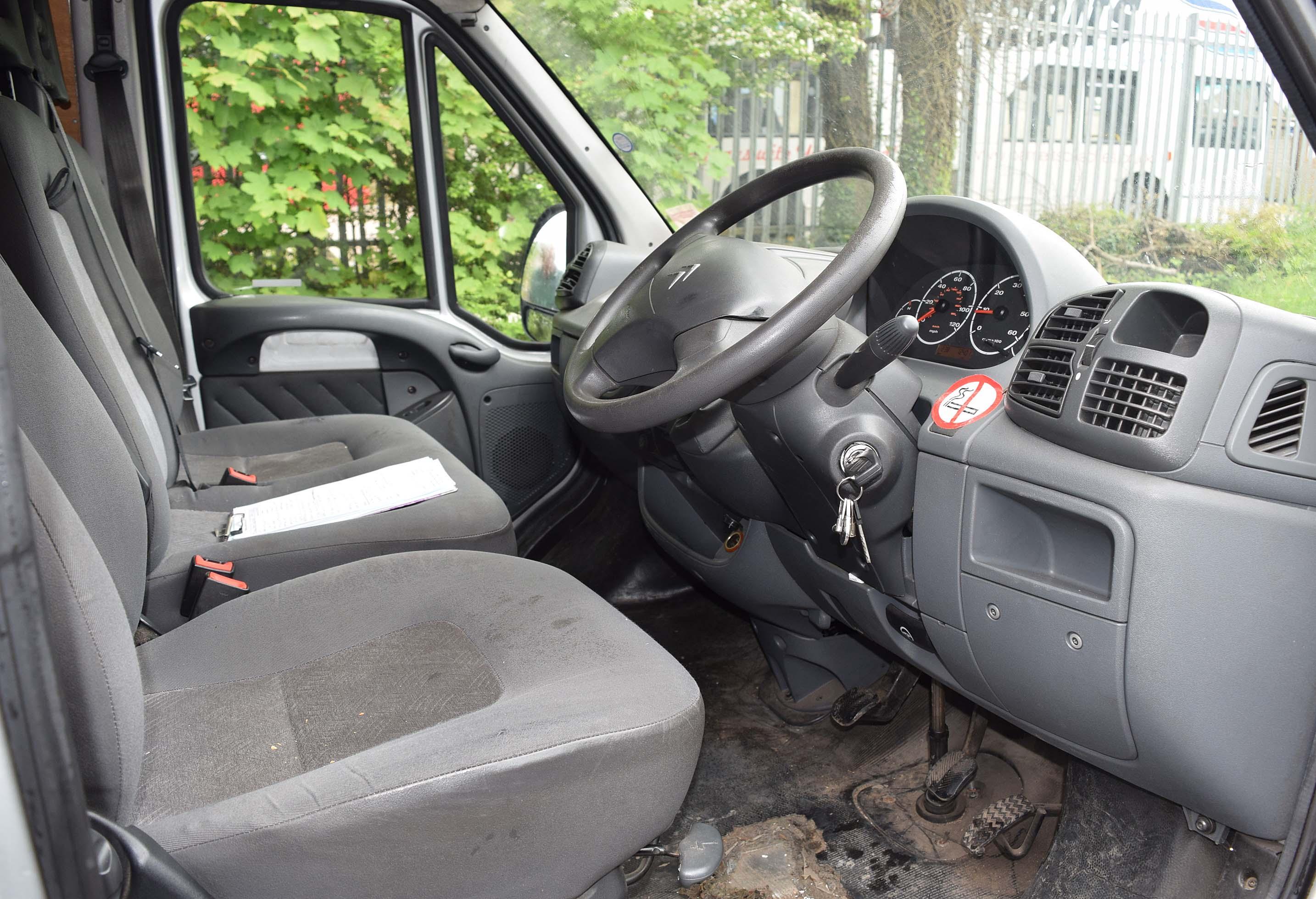 Lot 38 - 2006 CITROEN Relay 1800 HDI Enterprise LWB Diesel Panel Van. 5 Speed Manual. Rear Barn Doors and