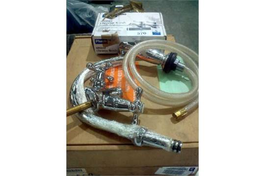 BOXED TAPMATE NOVELDA KITCHEN MIXER TAP, NOVELDA PULL OUT TAP AND A ...