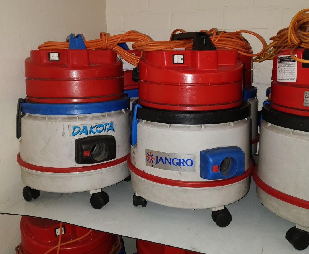 Lot 6 - 4 x Dakota 101 Soteco D2 800w Vacuum Cleaners - Ref B2 CL409 - Location: Wakefield WF16Provided with