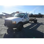 1999 FORD 550 SUPER DUTY CAB & CHASSIS W/ 7.3 LITRE FORD DIESEL, AUTO TRANS., S/N 1FDAF56F0XEE95353,