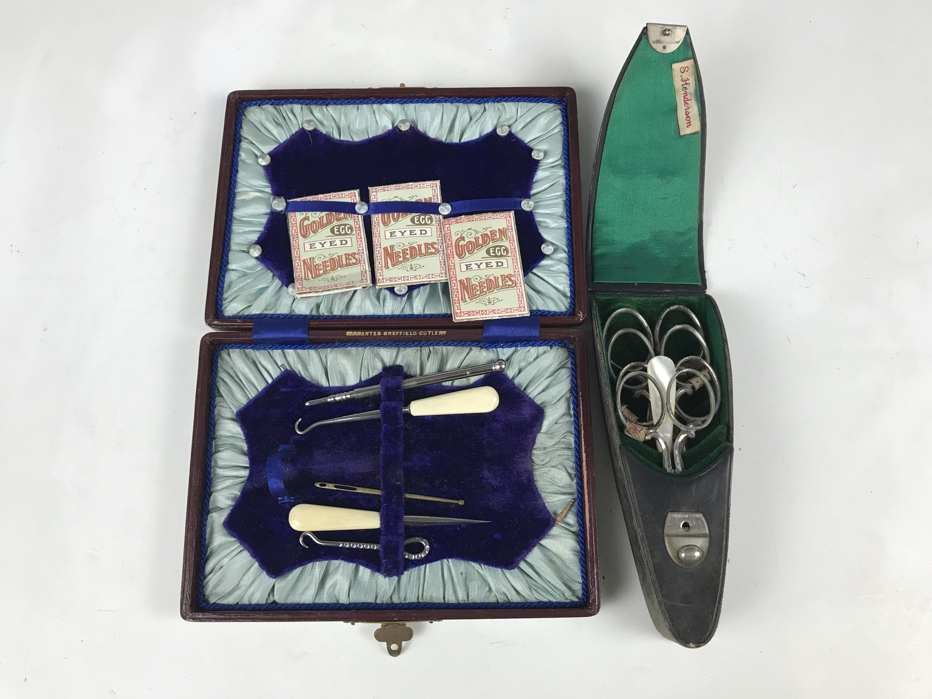 Lot 25 - A sewing set together with a Victorian scissor set