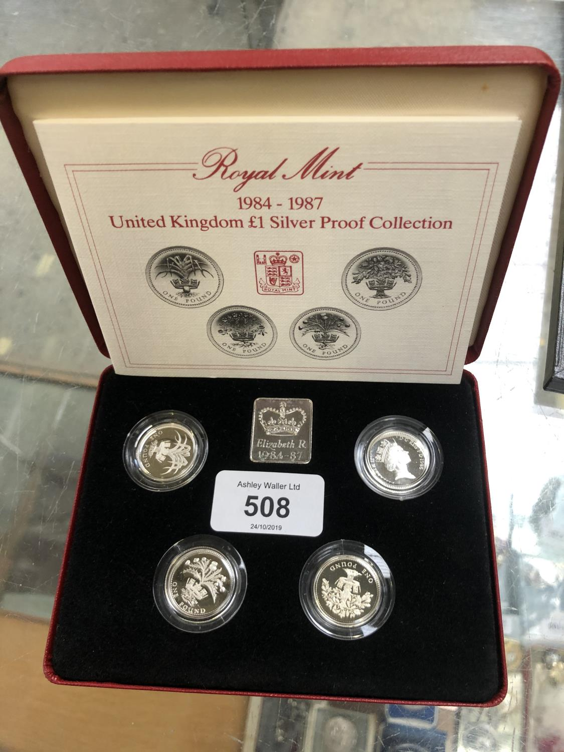 Lot 508 - A 1984-1987 UNITED KINGDOM £1 SILVER PROOF COIN SET