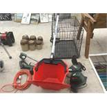A FYNALITE QIUCK PICK FORK AND BUCKET, A REFLEX GL550 25CM STRIMMER IN WORKING ORDER AND A BOSCH PRT