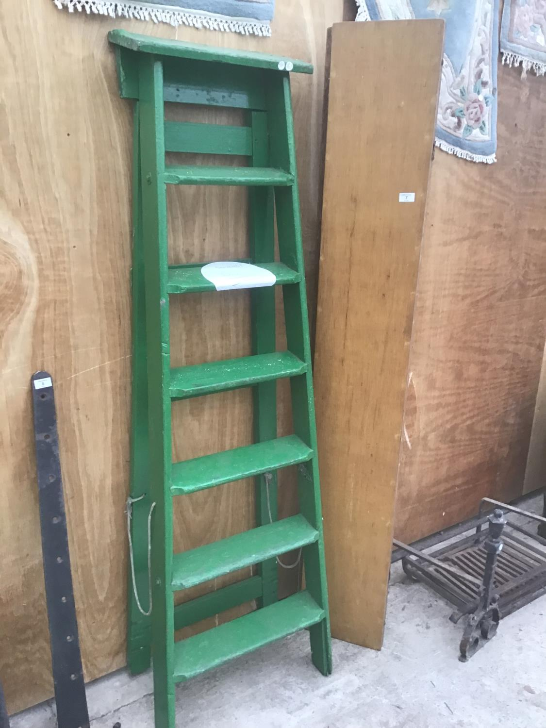 A VINTAGE SIX STEP GREEN PAINTED WOODEN STEP LADDER AND A VINTAGE FOLDING WOODEN TABLE - Image 2 of 2