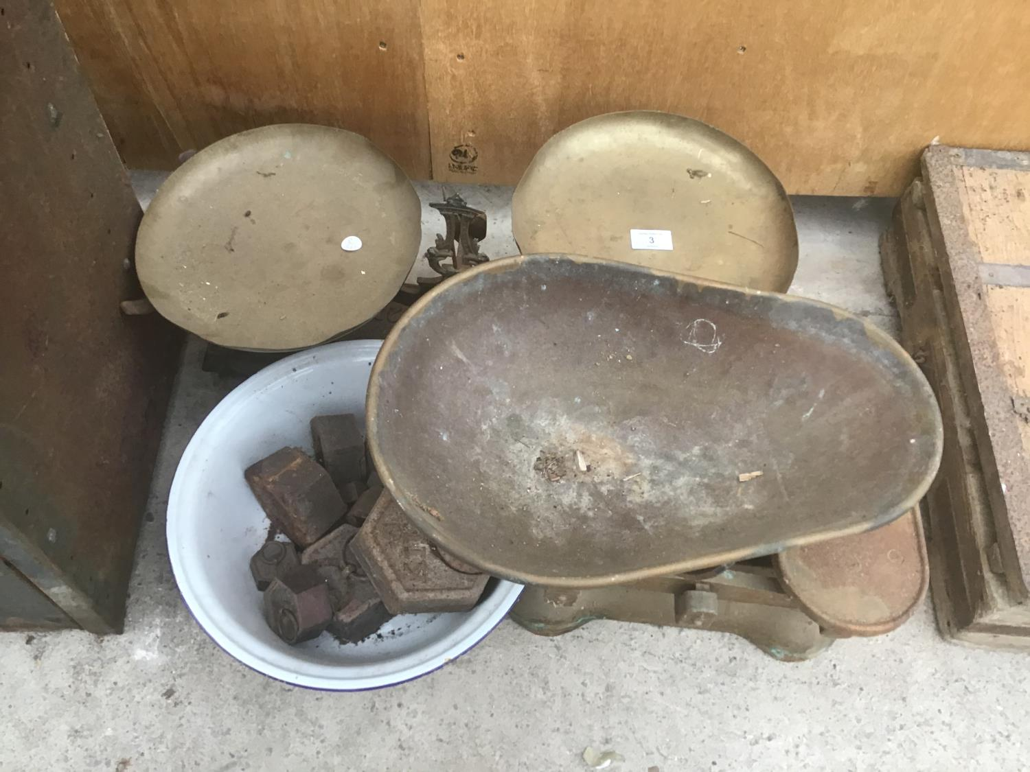 Lot 3 - TWO SETS OF VINTAGE SCALES COMPLETE WITH PANS AND WEIGHTS (ONE FORCE 20KG AND ONE AVERY LTD)