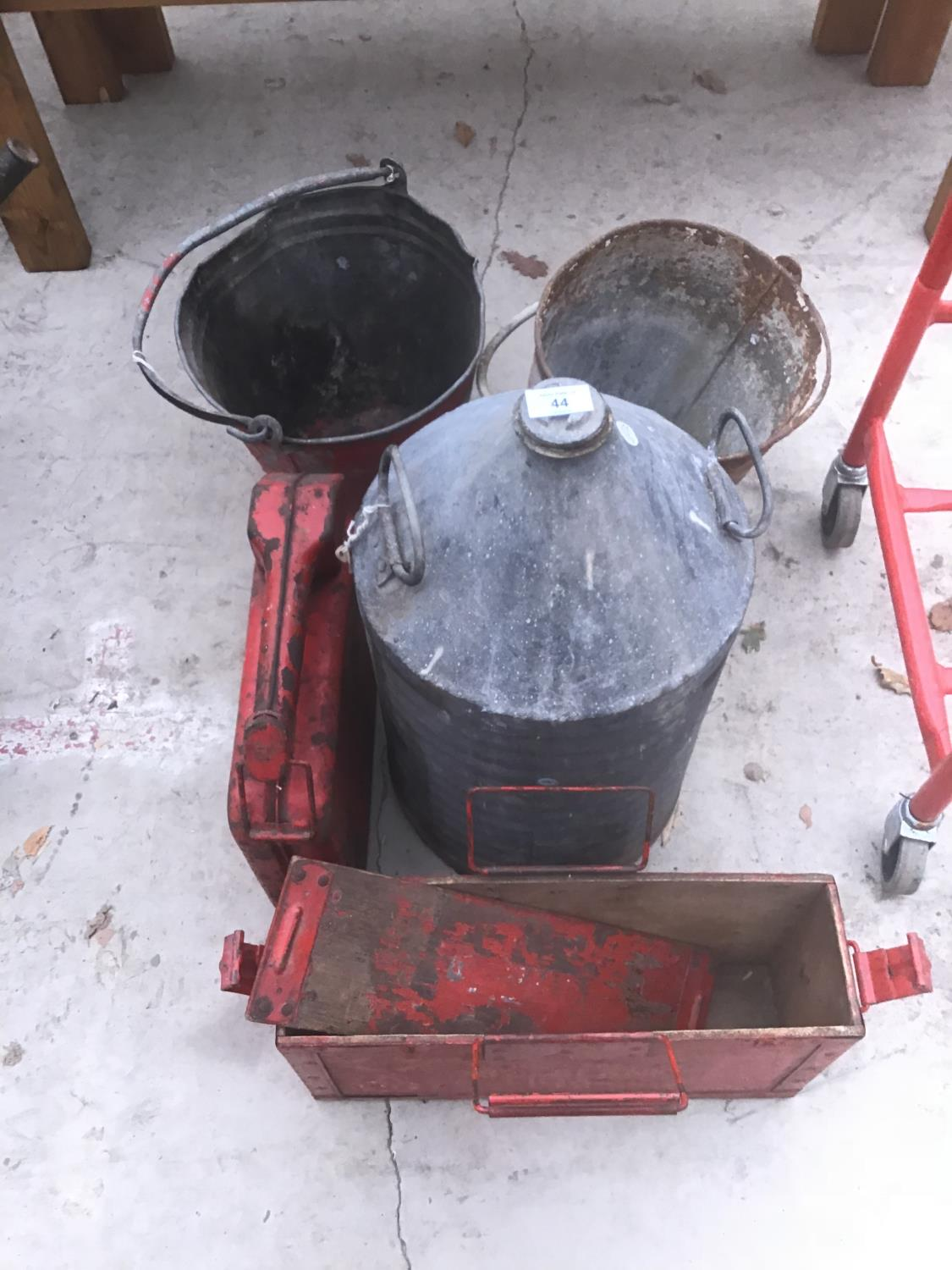 Lot 44 - FIVE VINTAGE ITEMS TO INCLUDE A WOODEN BOX, TWO FIRE BUCKETS, A JERRY CAN AND A FURTHER CAN