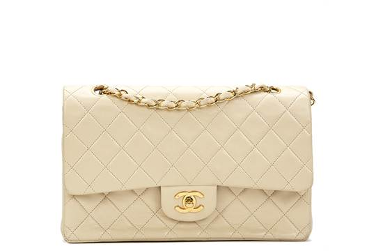 018469f9706e3 Chanel Ivory Quilted Lambskin Vintage Medium Classic Double Flap Bag ...