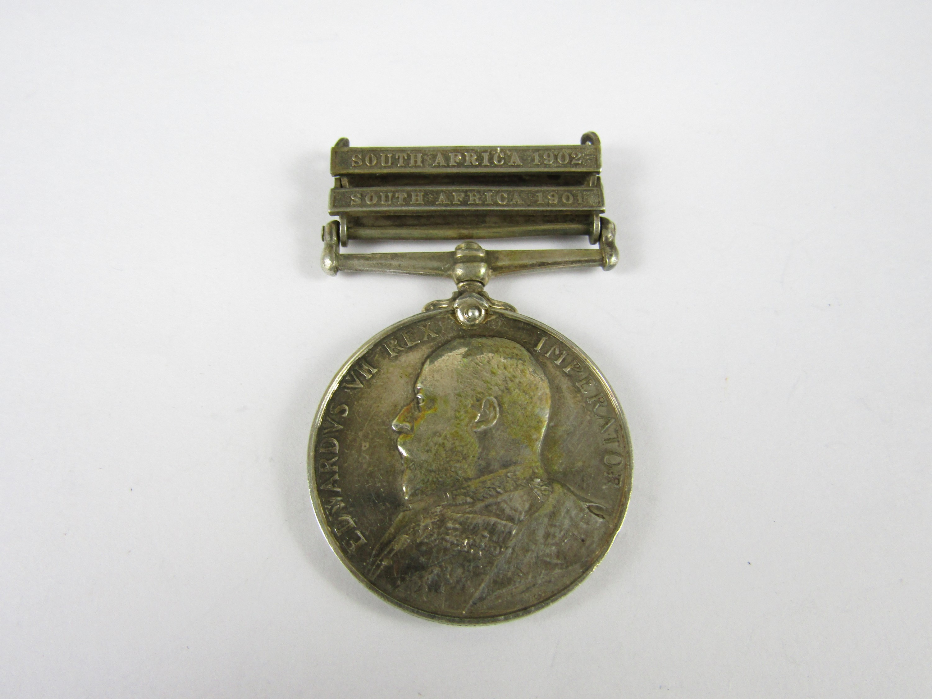 Lot 18 - A King's South Africa Medal to 3569 Pte J K Woodhall, 6th DRGN GDS