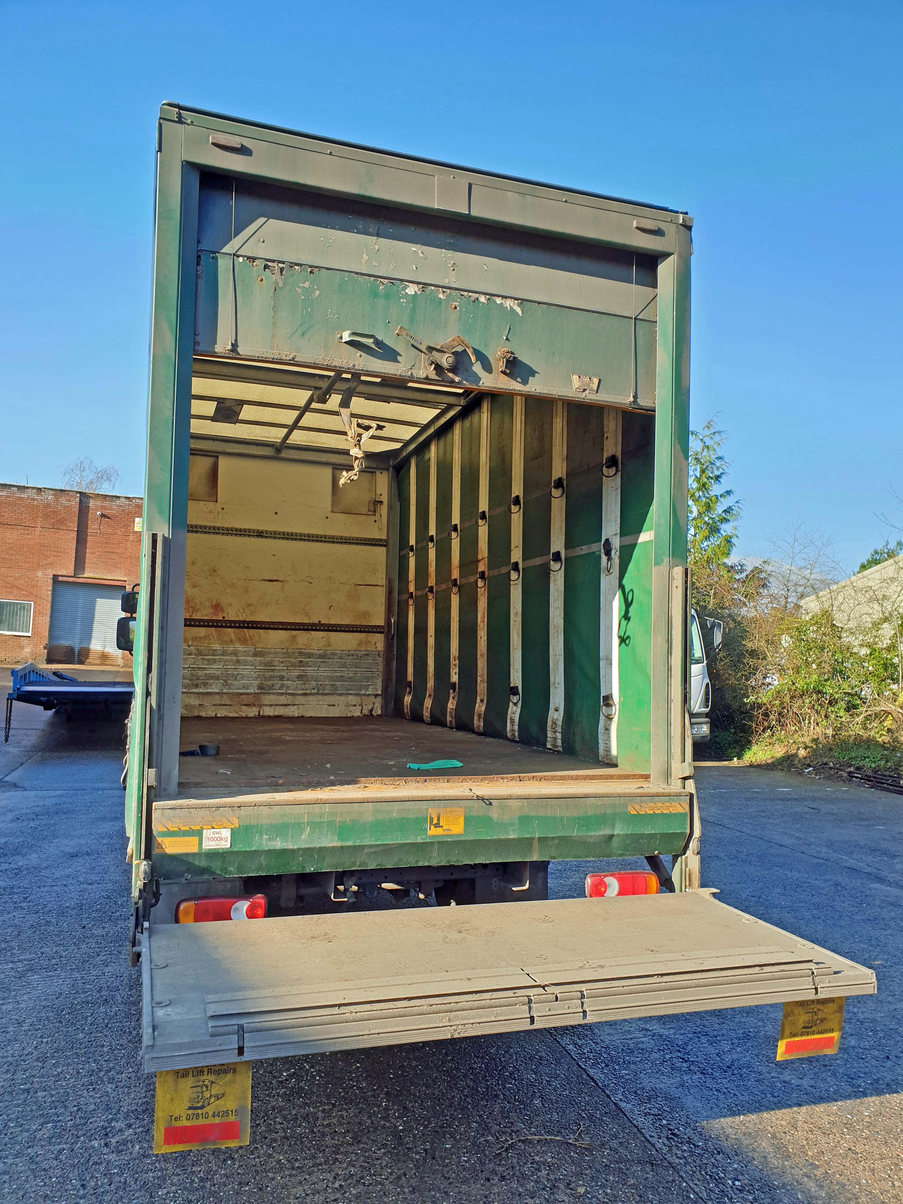 A DAF FA LF45.140 08 E 4461CC Euro4 4x2 7.5-Tonne Curtainside Truck, Registration No. RV59 FVA, - Image 4 of 11