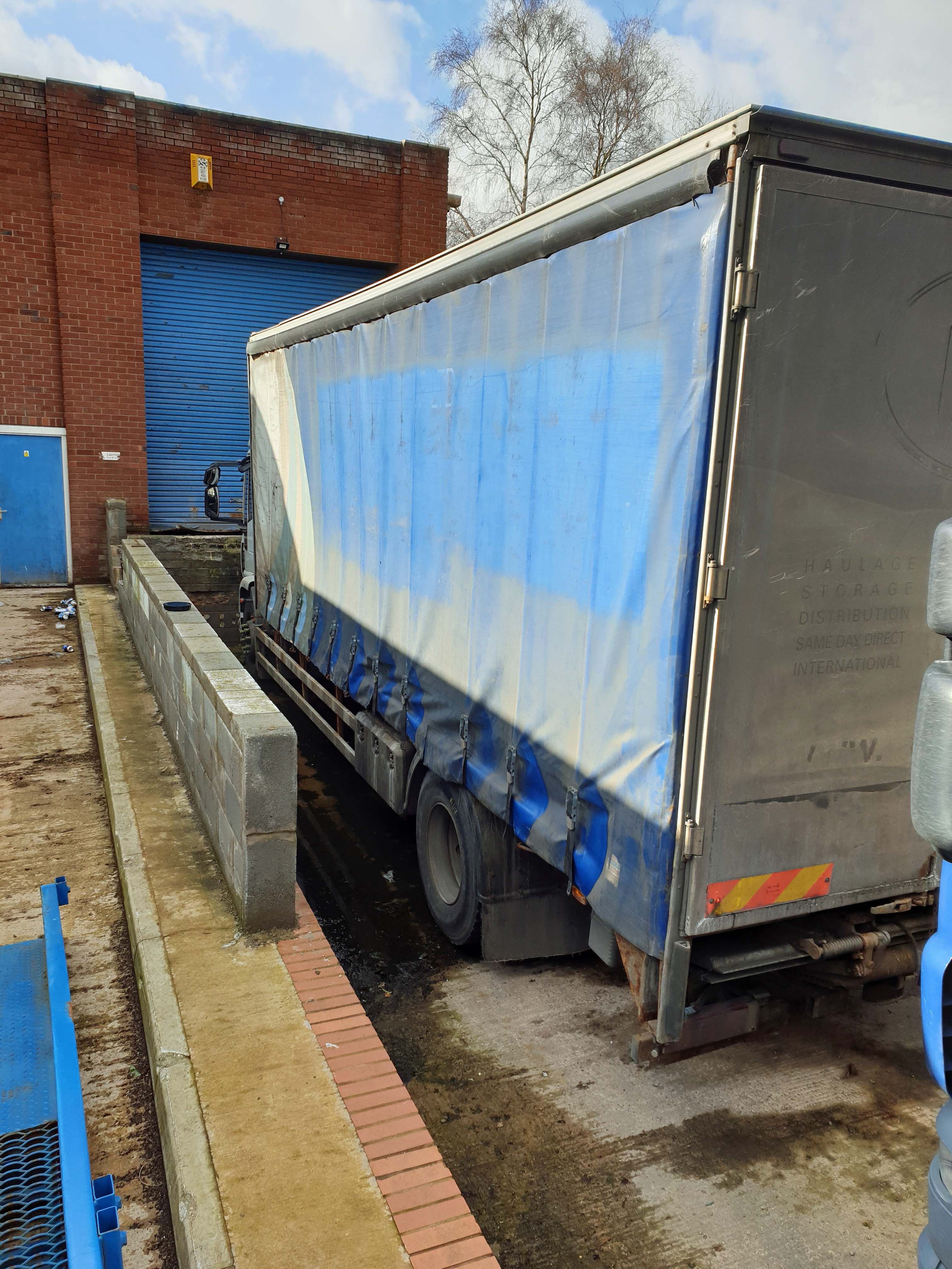 An IVECO Cargo ML 180E25 5880cc Euro5 4x2 18-Tonne Curtainside Truck, Registration No. GN59 CCO, - Image 2 of 9