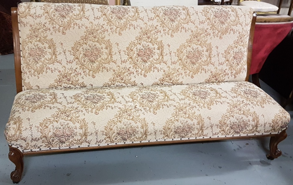 Lot 20 - Mahogany framed Hall Settee, upholstered with beige floral fabric on sprung base, cabriole front