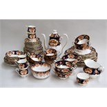 A large quantity (72 pieces) of Royal Albert 'Heirloom' pattern bone china,