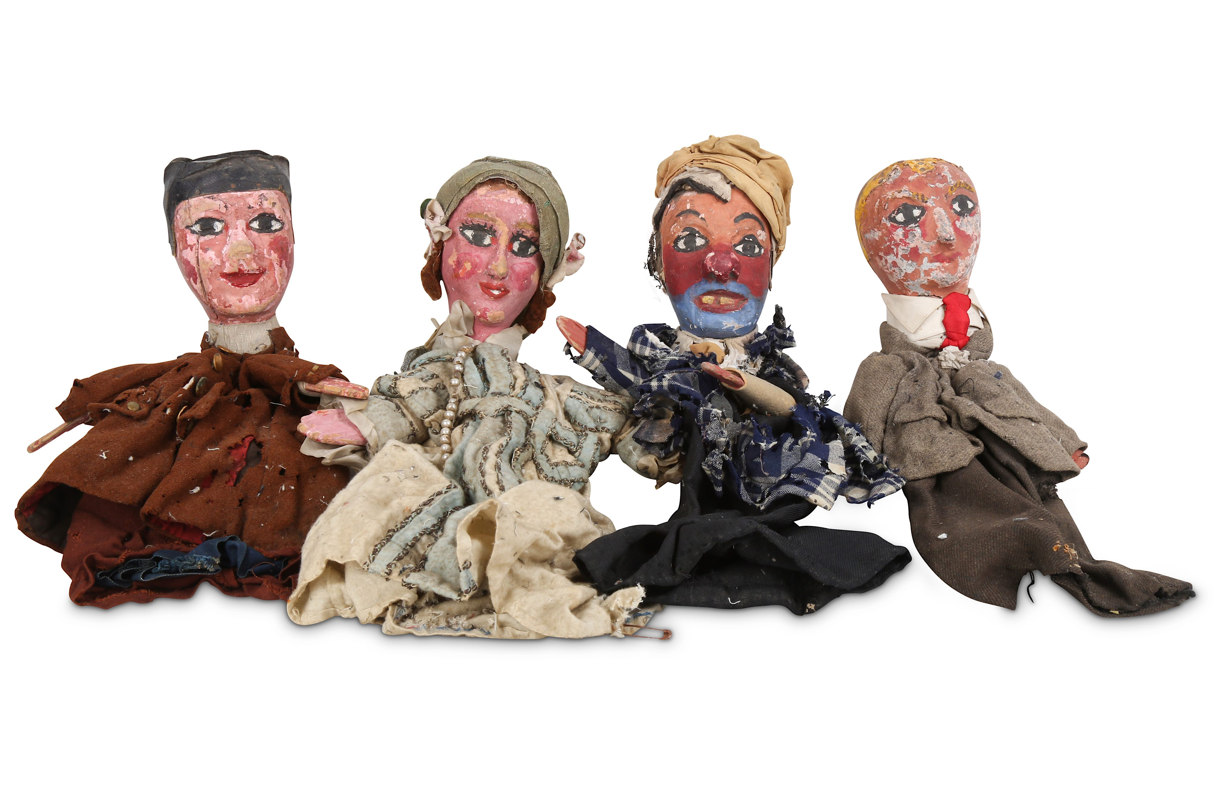 A SET OF EIGHT 1930'S FRENCH HANDPAINTED AND CARVED WOOD PUPPETS FOR 'LE GUIGNOL DES ENFANTS' - Image 2 of 4