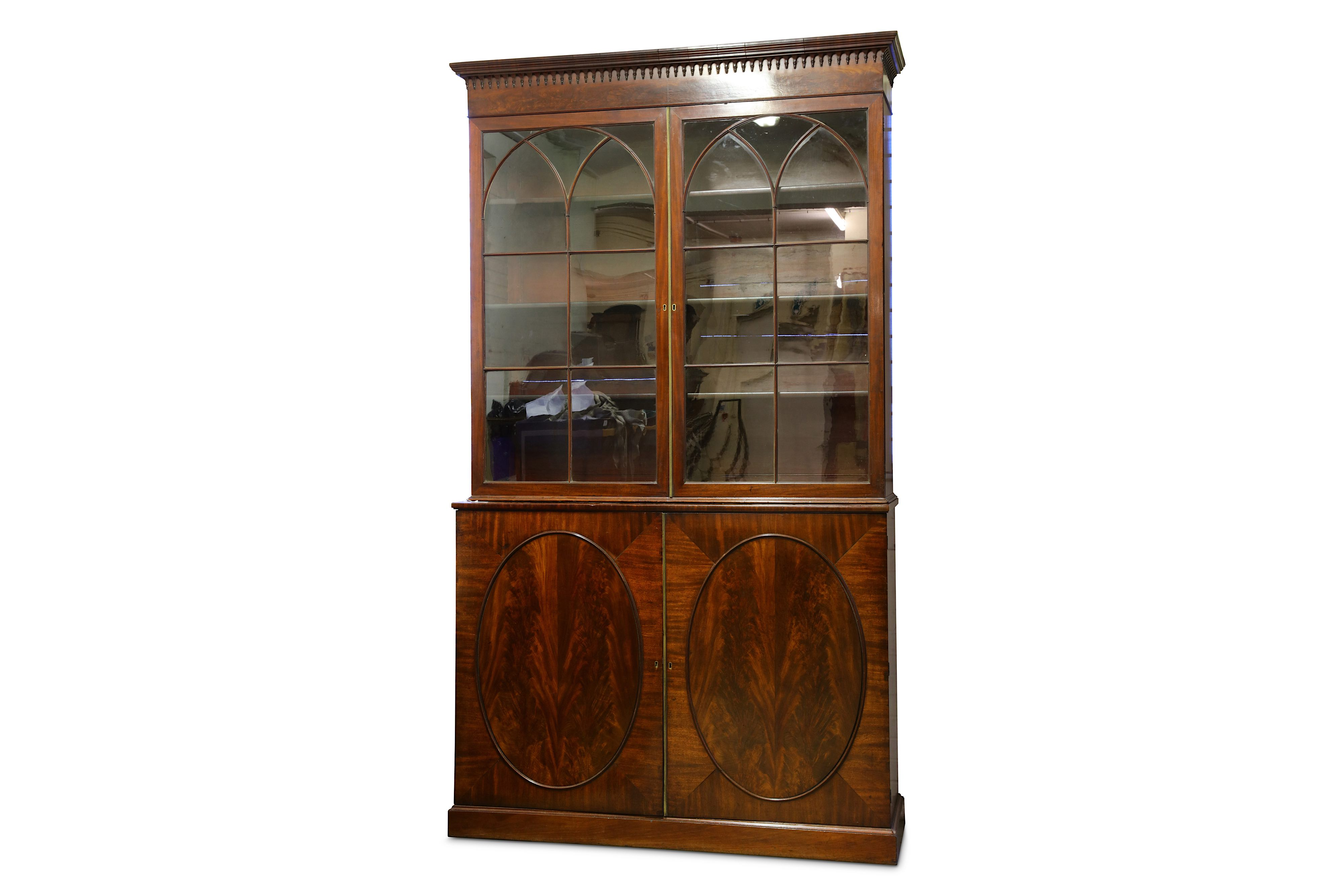A GEORGE III MAHOGANY COLLECTOR'S CABINET, CIRCA 1810 - Image 2 of 4