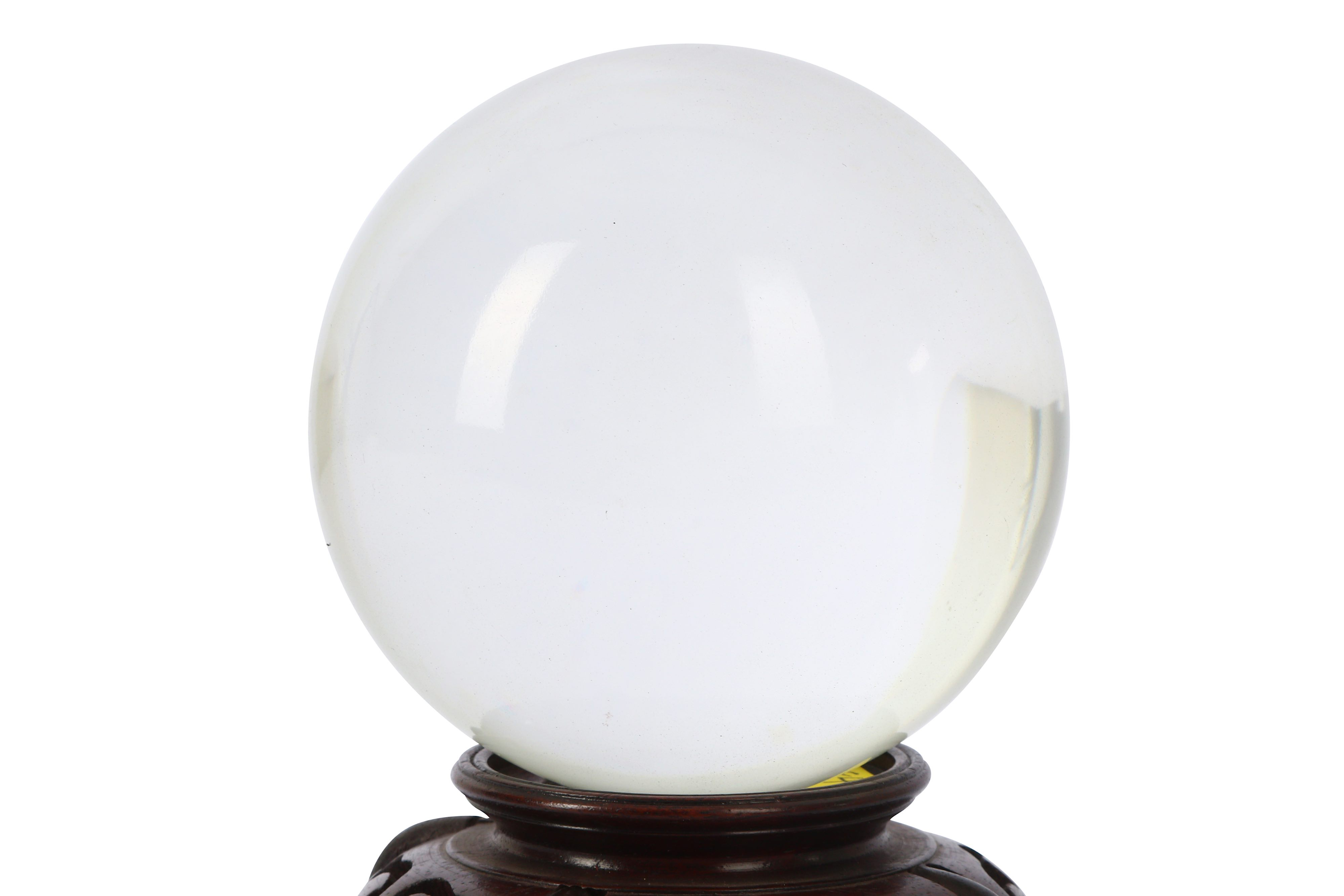 A LATE QING DYNASTY CHINESE CRYSTAL BALL. - Image 2 of 3
