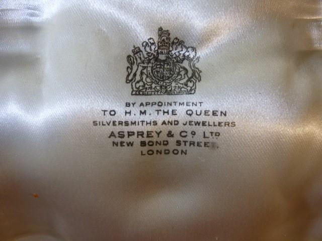 Asprey & Co Ltd New Bond Street London cased cruet set each piece hallmarked - Image 3 of 8