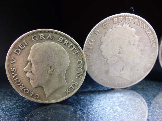 A Silver George III crown, 1819 and Victoria crowns 1888 & 1890 and a George V 1920 half crown. - Image 5 of 6