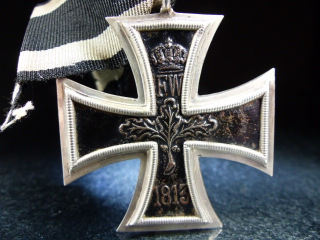 "Nazi Cross Medal on Black ribbon marked 1813 and 1914 with a central ""W"" - Image 4 of 5"