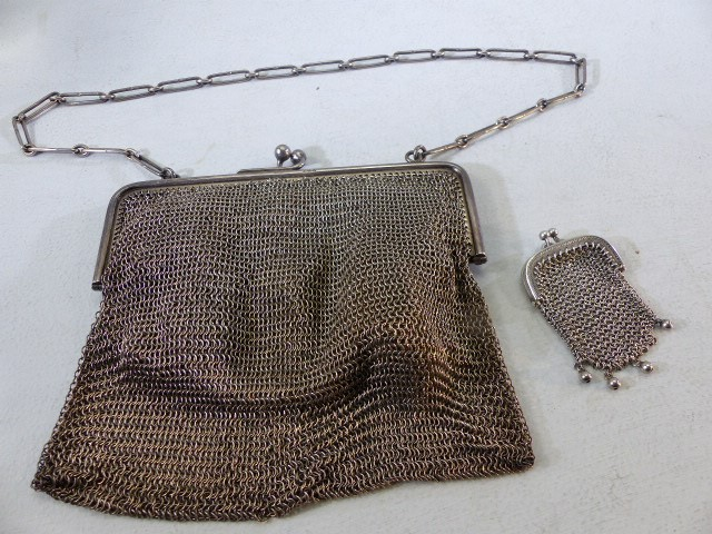 1920's chain link purse the frame Silver marked 925 and each link of the strap marked 925 - Image 3 of 4