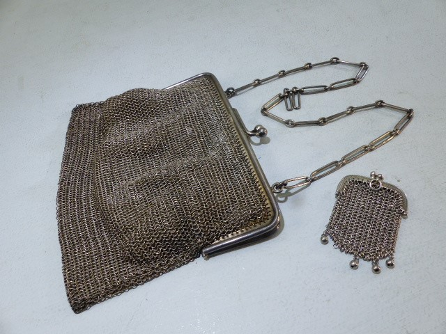 1920's chain link purse the frame Silver marked 925 and each link of the strap marked 925