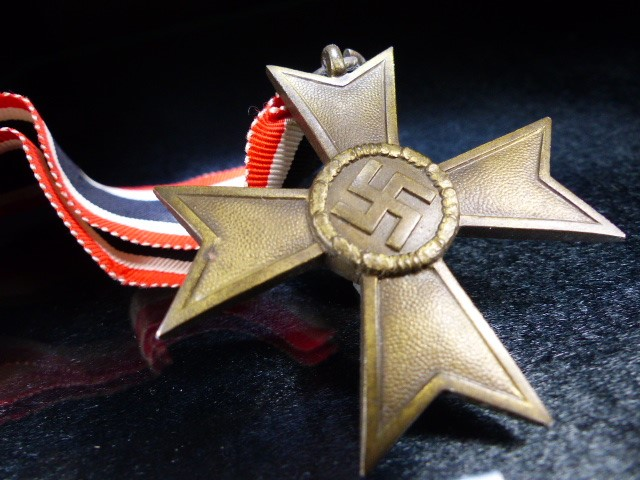 Nazi Medal with Swastika on Ribbon marked 1939