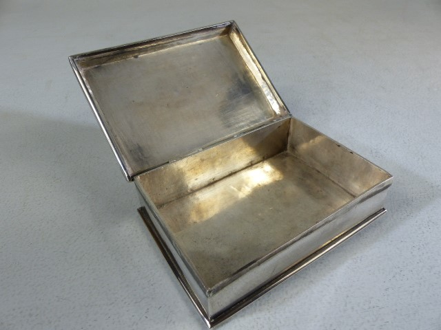 Silver cigarette/ card box marked 800 to the reverse the lid surmounted with a skull and cross bones - Image 5 of 6