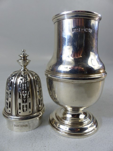Silver hallmarked sugar shaker by Brook & Son - Image 4 of 4