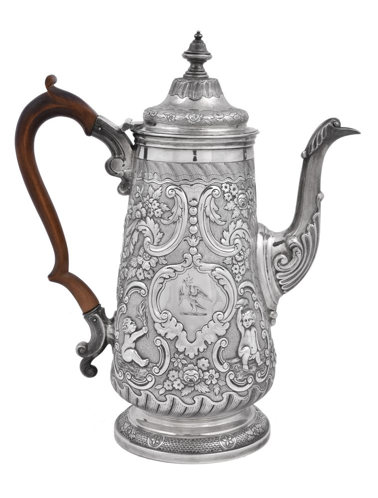 A George IV silver tapered coffee pot by John Page - Image 2 of 2