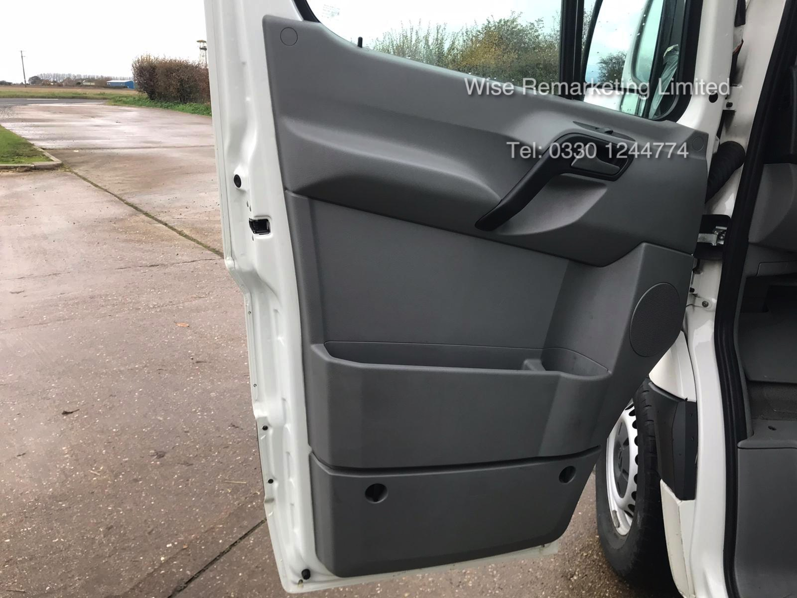 Volkswagen Crafter CR35 Startline 2.0l TDi - LWB - 2016 Model -1 Keeper From New - Service History - Image 8 of 15