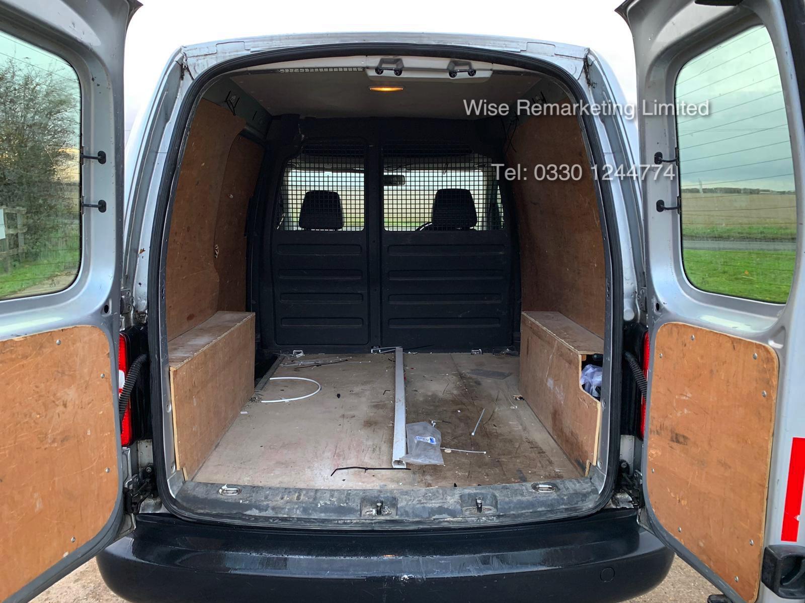Volkswagen Caddy C20 1.6 TDI - 2013 13 Reg - Silver - Side Loading Door - Ply Lined - Image 10 of 18