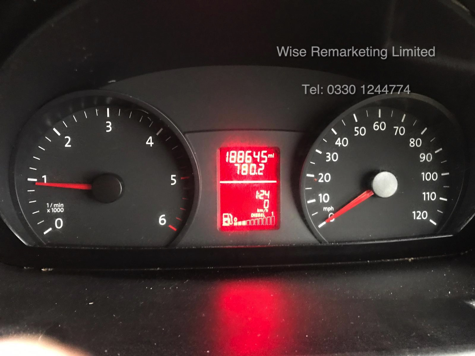 Volkswagen Crafter CR35 Startline 2.0l TDi - LWB - 2016 Model -1 Keeper From New - Service History - Image 15 of 15