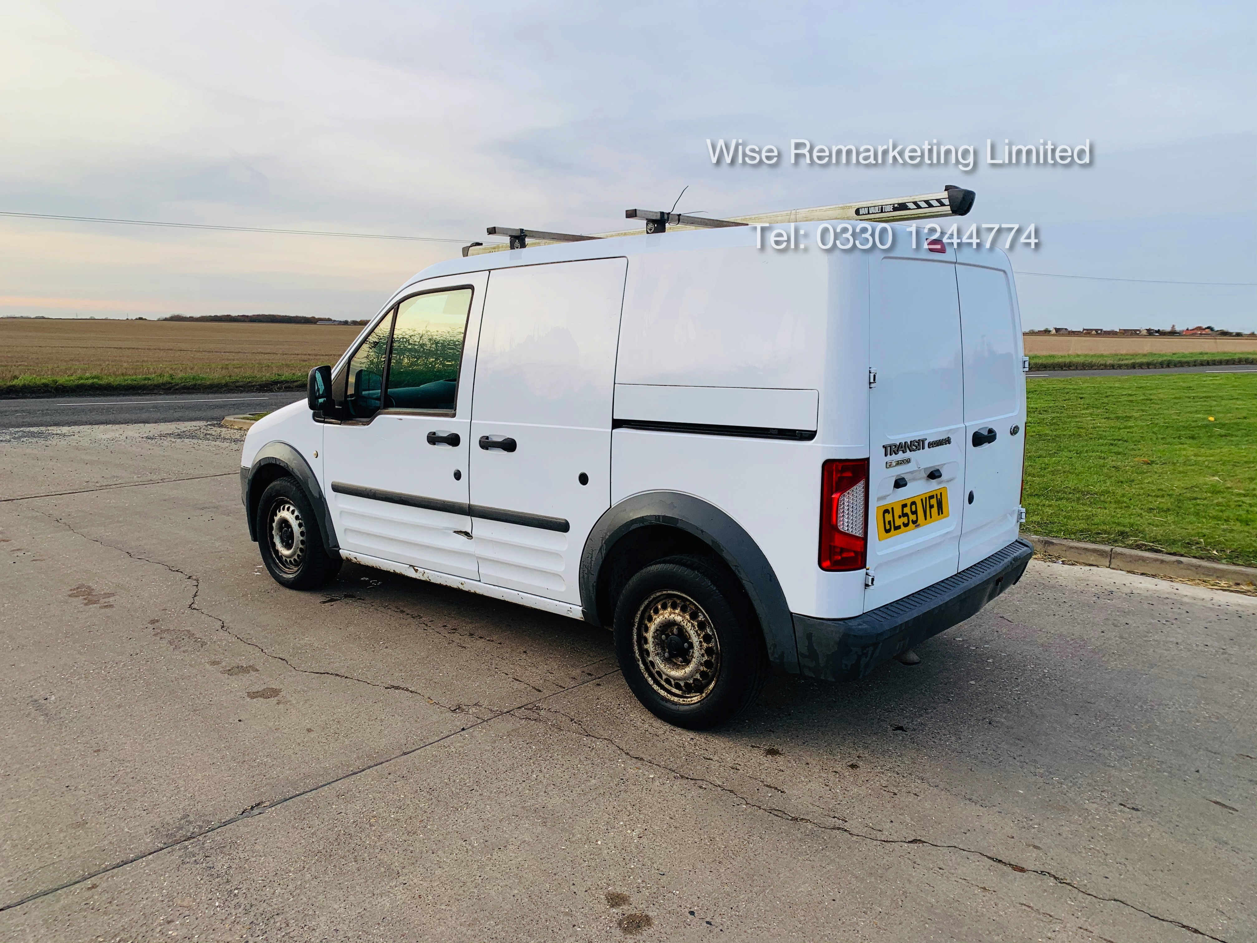Ford Transit Connect T200 1.8 - 2010 Model - Side Loading Door - Ply Lined - Image 4 of 19