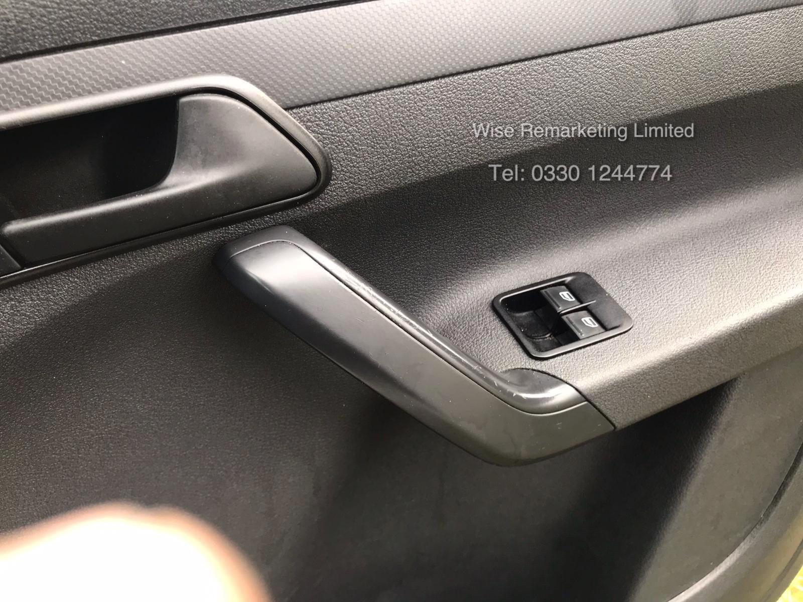 Volkswagen Caddy C20 + Startline 1.6 Tdi - 2014 Model - White - Side Loading Door - Ply Lined - Image 10 of 13