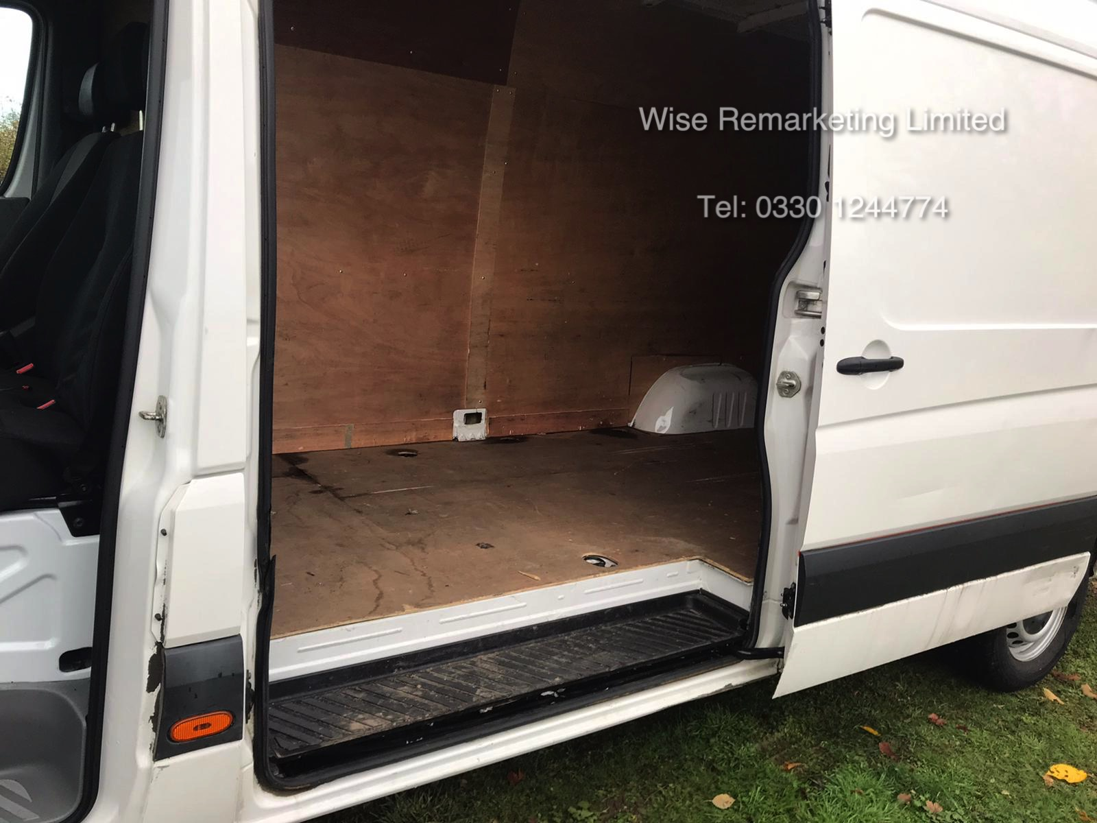 Volkswagen Crafter CR35 Startline 2.0l TDi - LWB - 2016 Model -1 Keeper From New - Service History - Image 6 of 15
