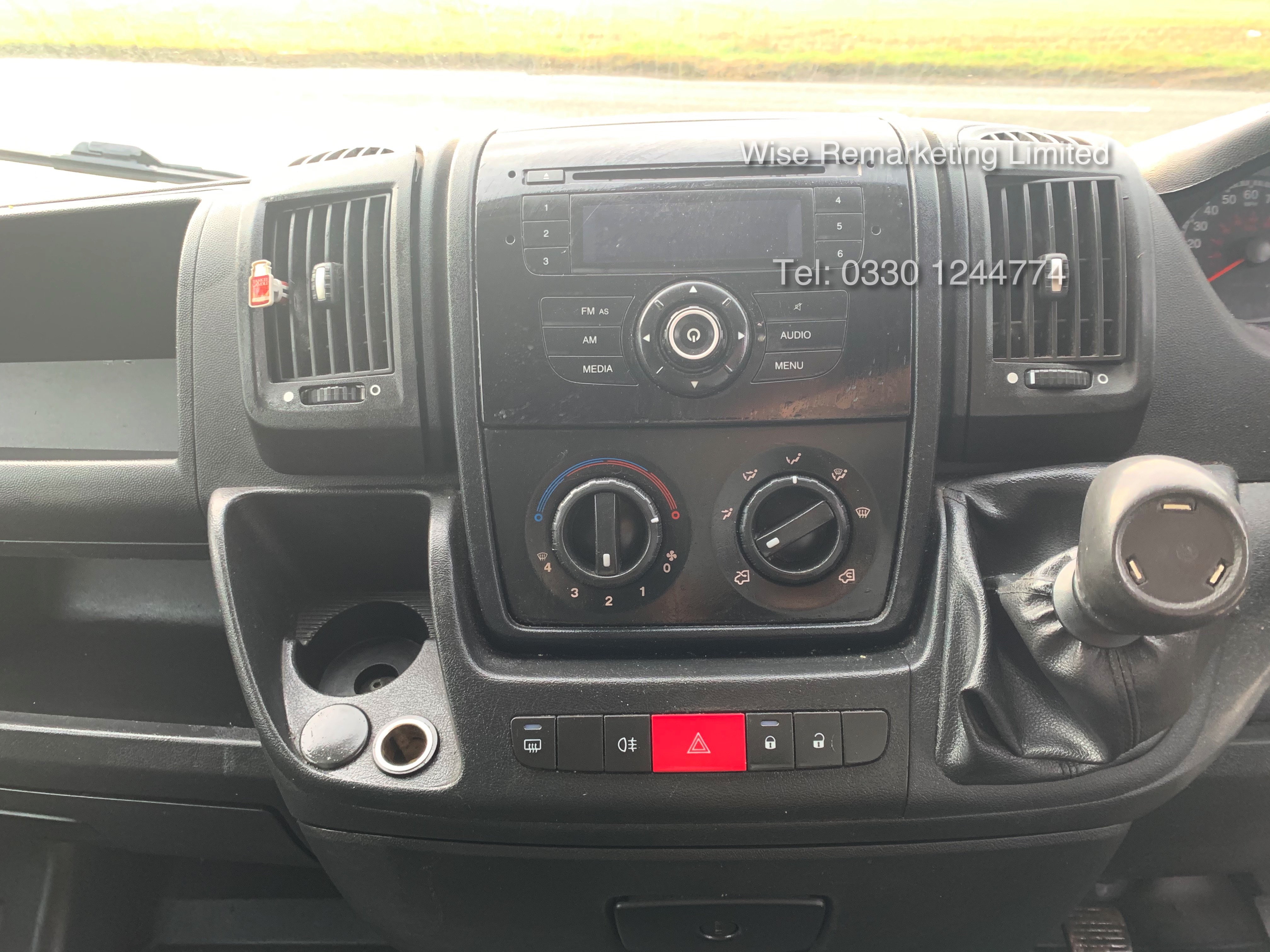 Peugeot Boxer 335 2.2 HDi (L3H2) 2014 Model - 1 Keeper From New - Long Wheel Base - Image 16 of 17