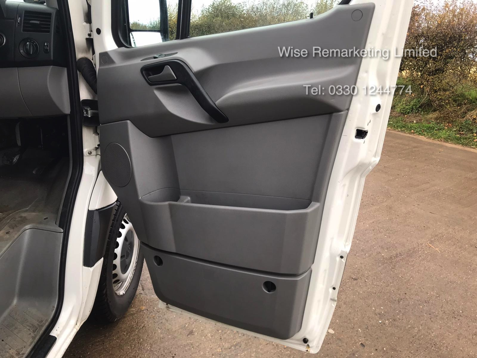 Volkswagen Crafter CR35 Startline 2.0l TDi - LWB - 2016 Model -1 Keeper From New - Service History - Image 13 of 15