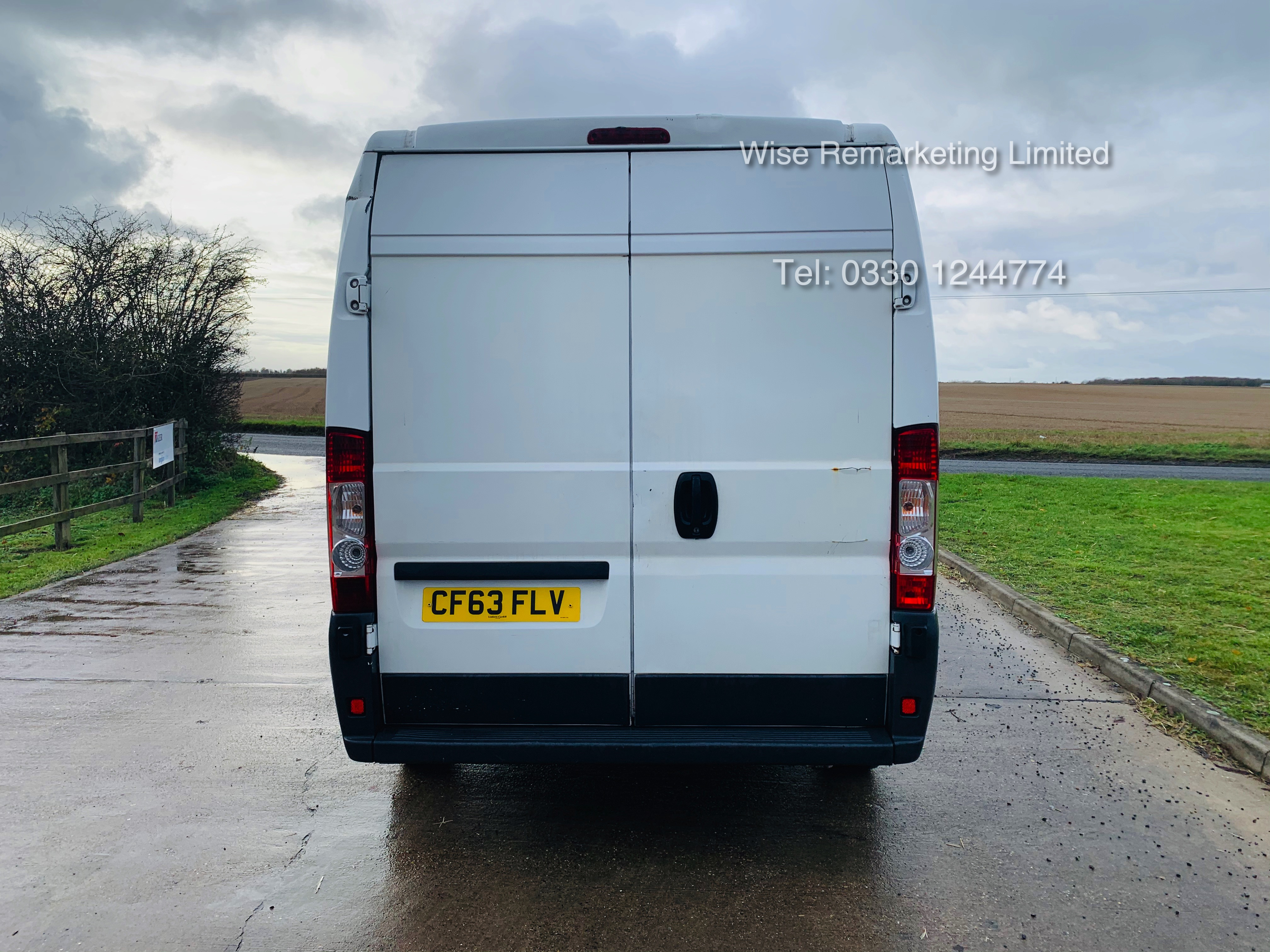 Peugeot Boxer 335 2.2 HDi (L3H2) 2014 Model - 1 Keeper From New - Long Wheel Base - Image 4 of 17