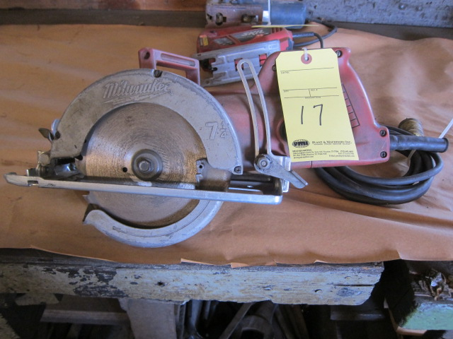 Lot 17 - CIRCULAR SAW, MILWAUKEE 7 1/4""