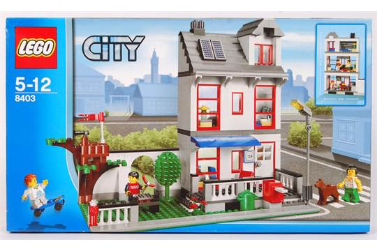 A Lego City set No  8403 ' City House '  Factory sealed