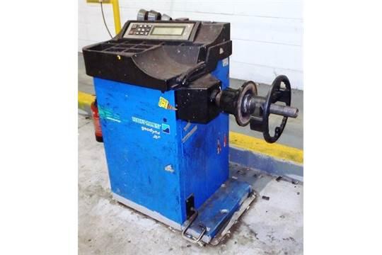 year 2004 hoffman geodyna wheel balancer sn 6419012 model 980 c w rh bidspotter co uk