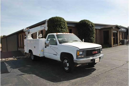 1995 gmc 3500 sl service truck w/stahl utility bed; w/crane; w