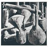 Tony CraggLiverpool 1949 - lebt in WuppertalLaboratory Still Life 4. Radierung mit Aquatinta.