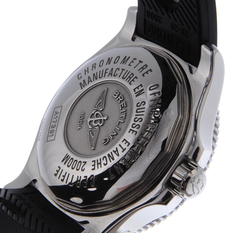 BREITLING - a gentleman's SuperOcean 44 wrist watch. - Bild 2 aus 2