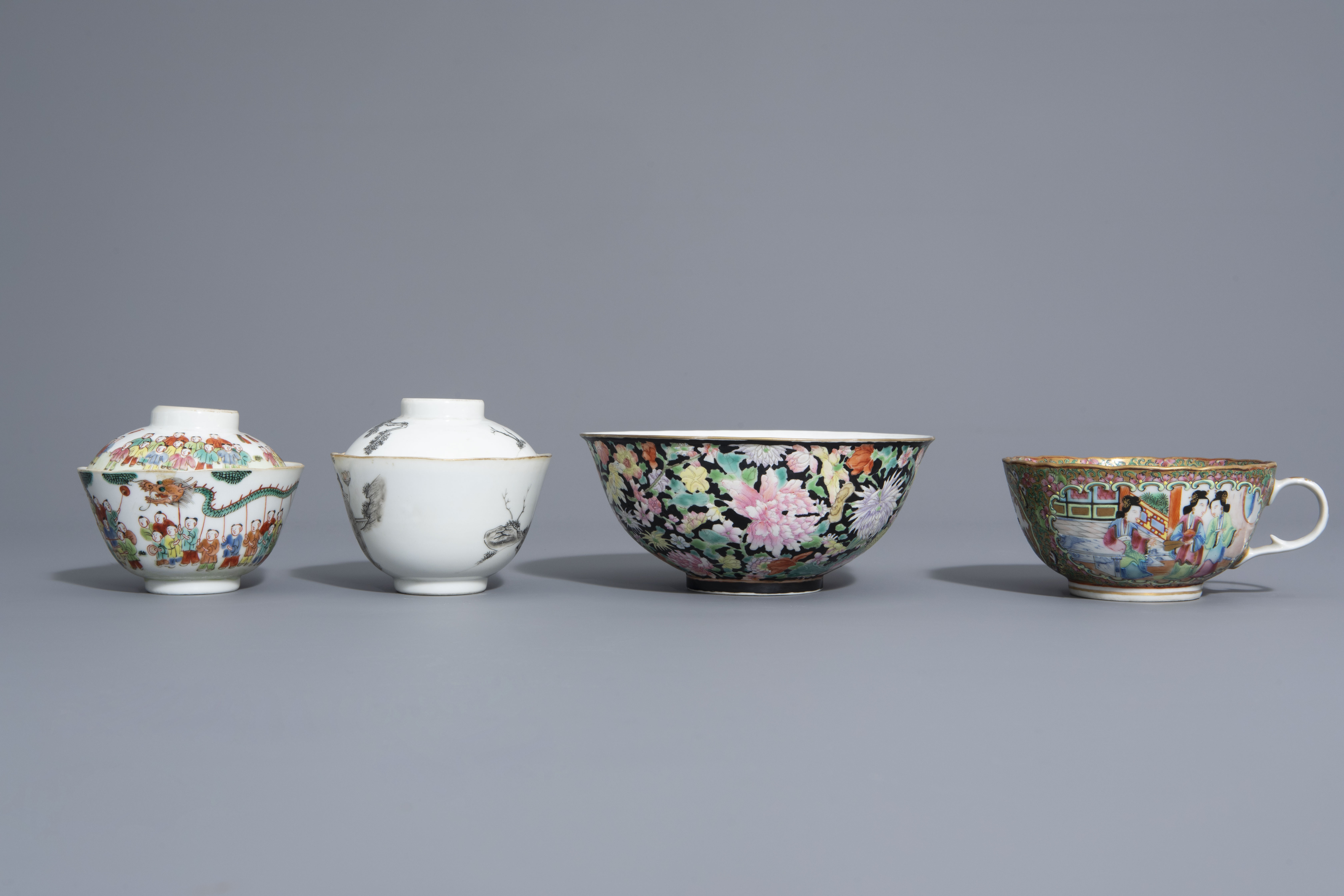 Three Chinese famille rose and grisaille bowls and a Canton bowl on stand, 19th/20th C. - Image 4 of 9