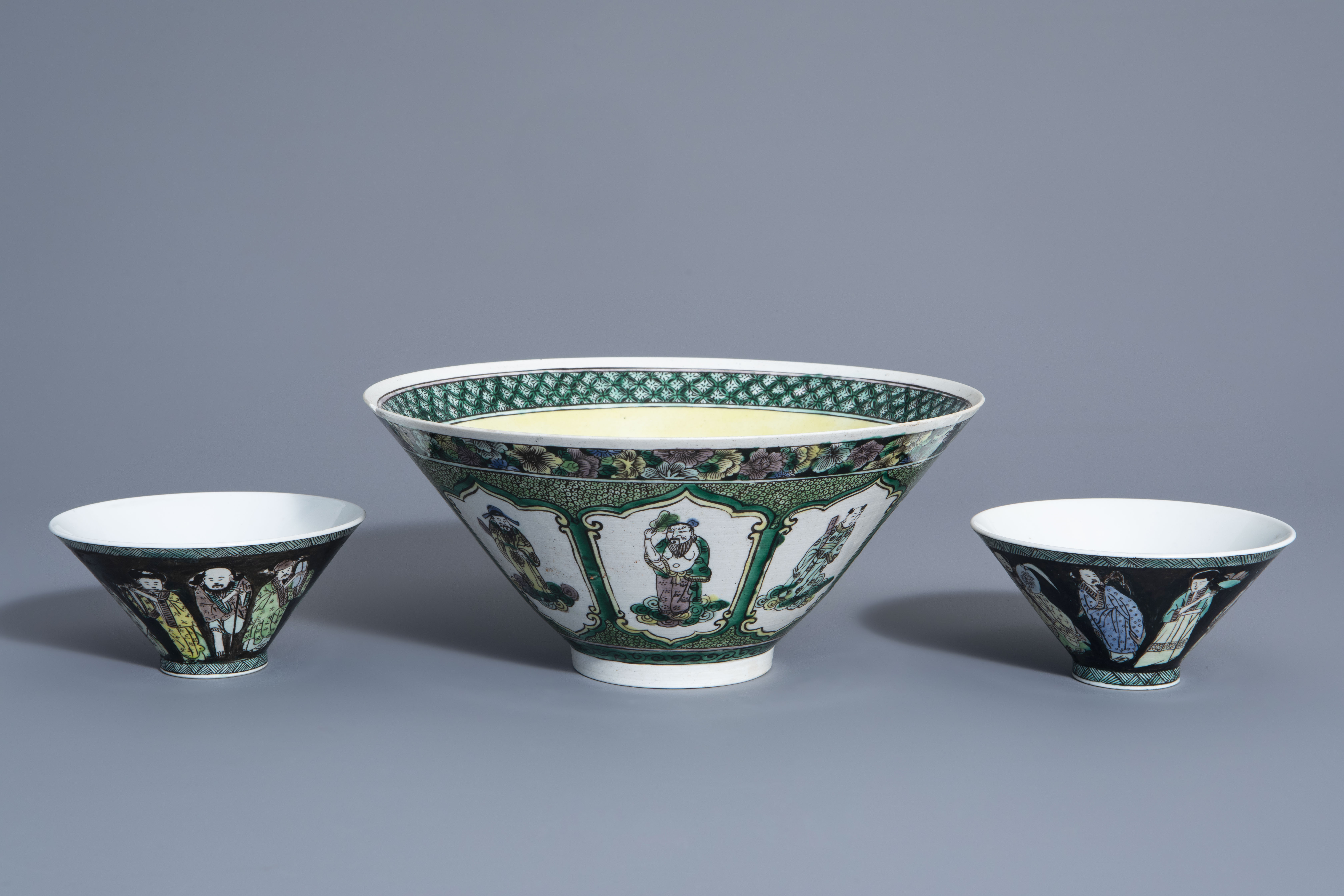 Three Chinese verte biscuit bowls with figurative design, Republic, 20th C. - Image 2 of 7