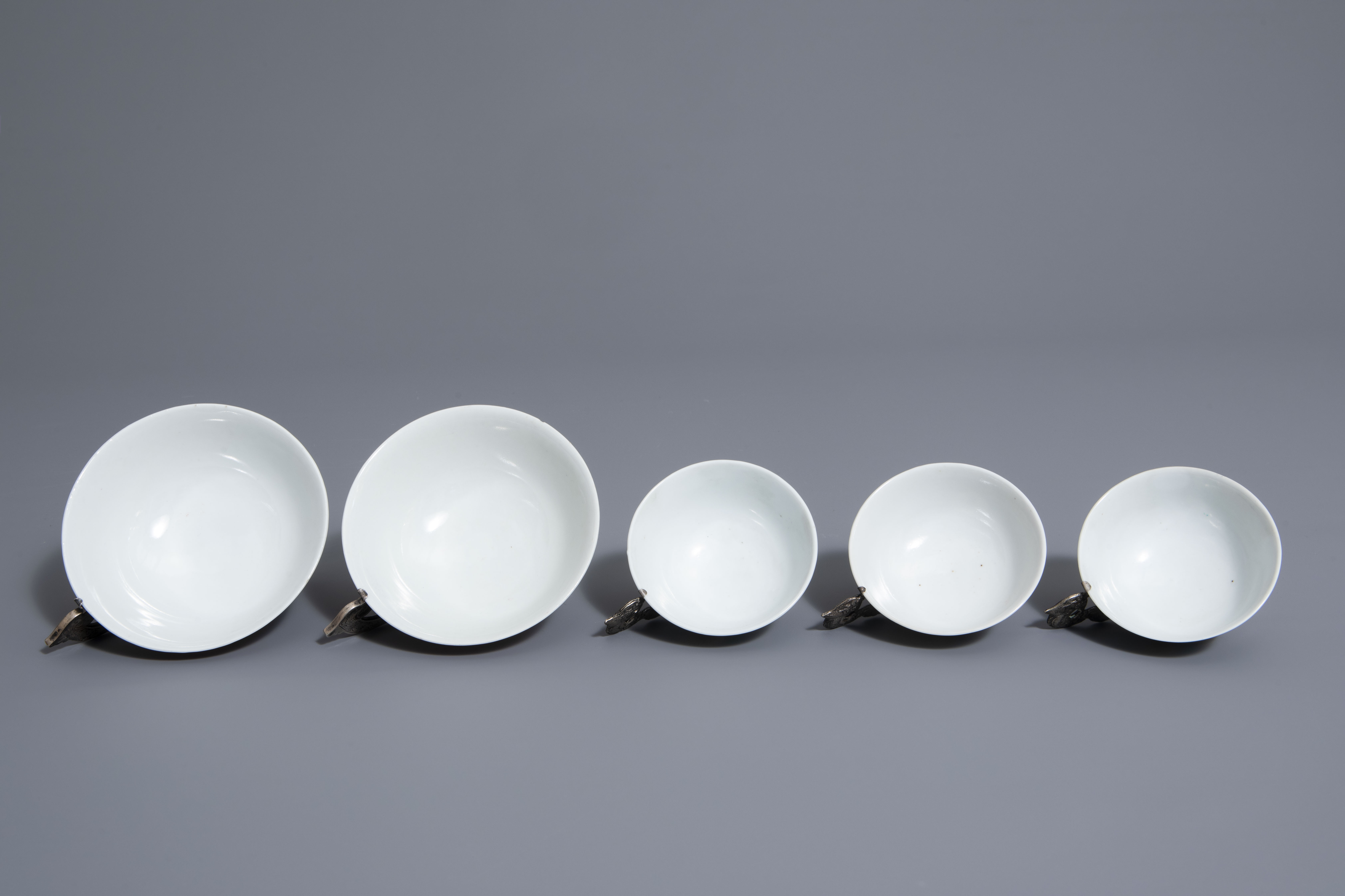 Five Chinese famille rose and silver cups and saucers and a bowl, 19th/20th C. - Image 8 of 17
